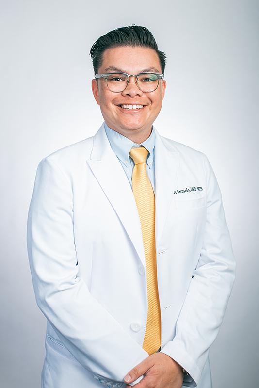 Dr. Marc Portrait