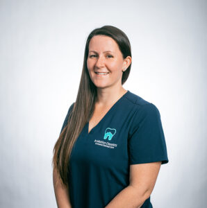 InMotionDentists_Meet the Team_Michelle_Registered Dental Assistant